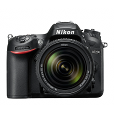Nikon D7200 DSLR 24.2 MP With 18-140 mm Lens